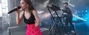 Debut: Watch The CHVRCHES New Video here!
